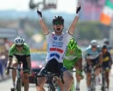 Cavendish vince, Contador guadagna!