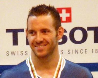 Francois Pervis pista