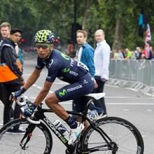 Quintana vince il tappone e stravolge il Giro
