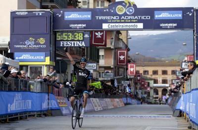 Wouter Poels vince la 4° tappa della Tirreno Adriatico 2015