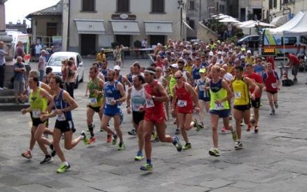 La partenza del Trofeo Fratres Città di Anghiari 2015, sportapp ok